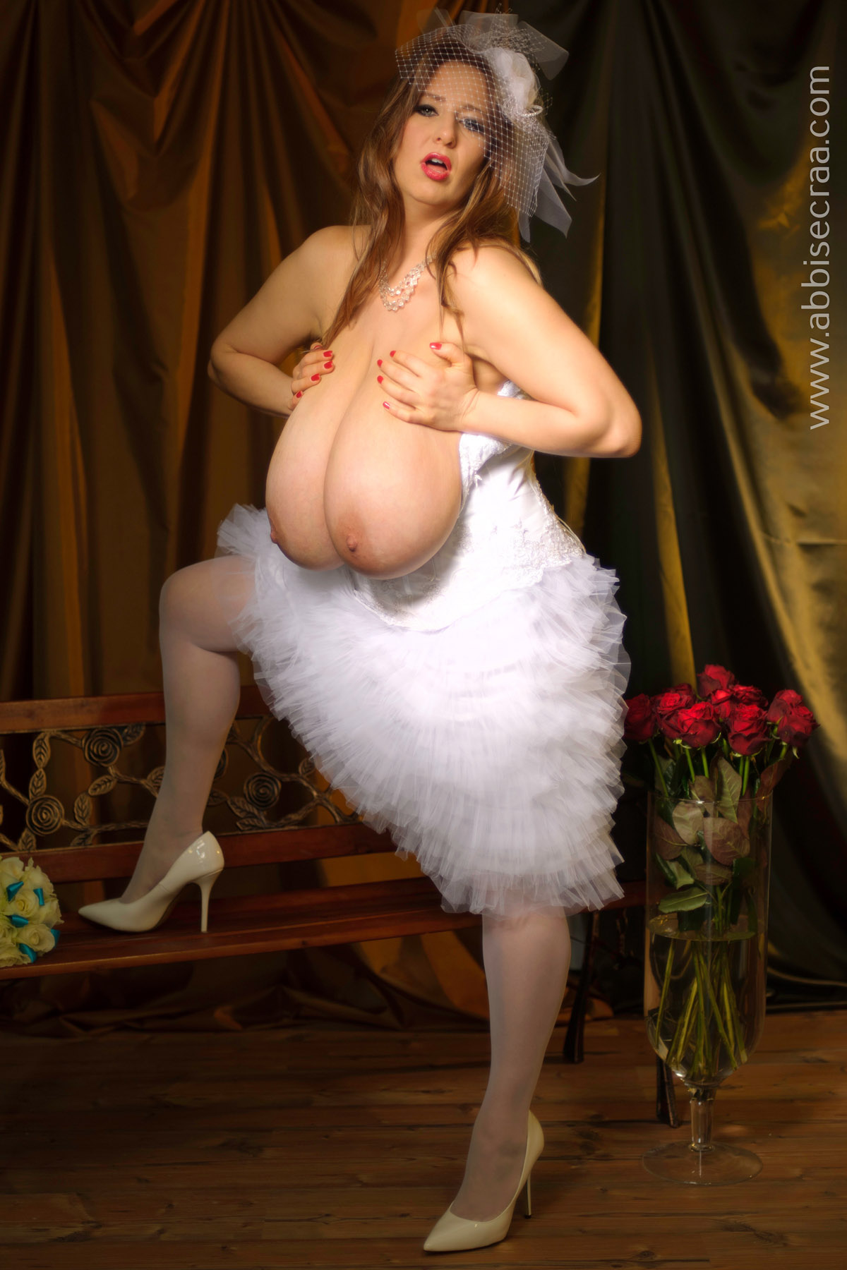 Biggest breasts ever on a 9 month pregnant milf - 3 6