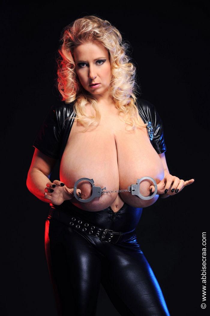 Huge legendary webcam tits arianna sinn - 2 3