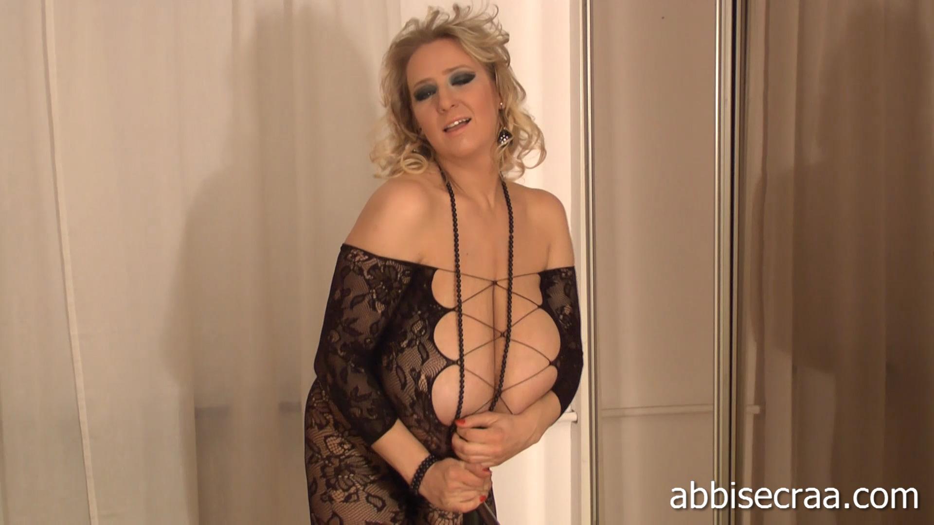 Abbi secraa videos