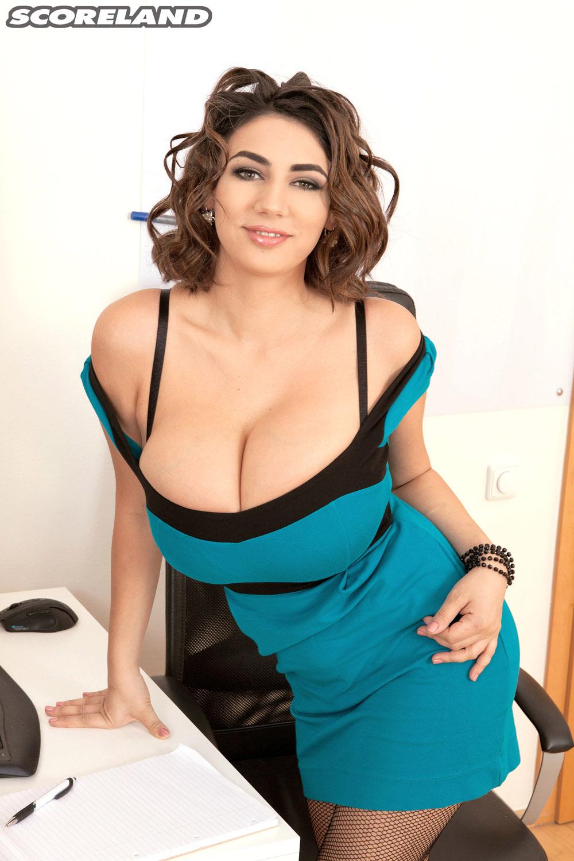... Alexya The Hot Office Chick Scoreland ...