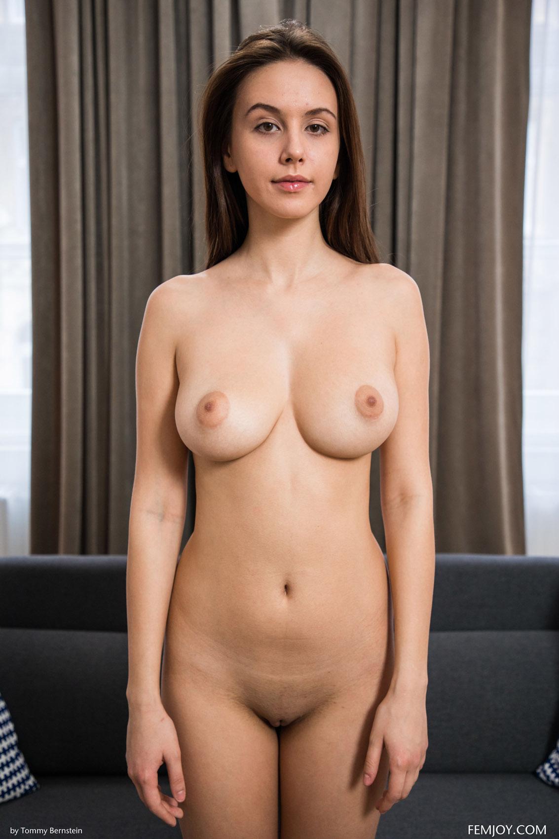 alisa i nude