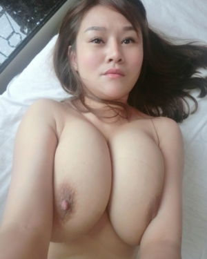 Busty webcam model talks dirty to pervert 8