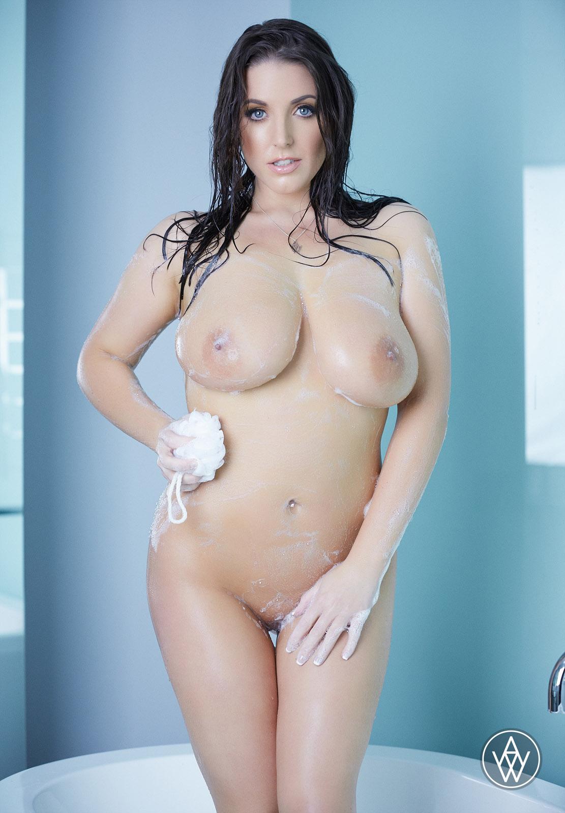 Angela White Bath Tub Romp Prime Curves