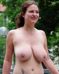 Sexy bent over nudes
