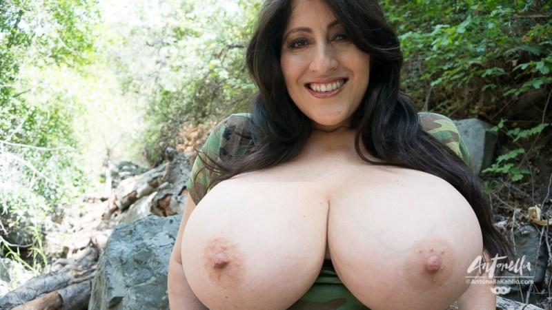 hot camo women nude