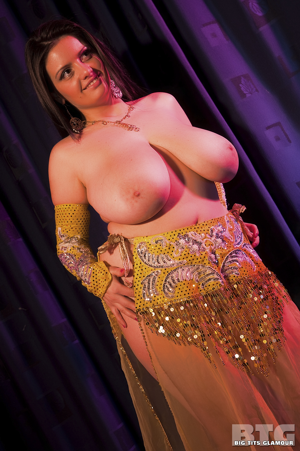 Naked belly dancer xxx — pic 9