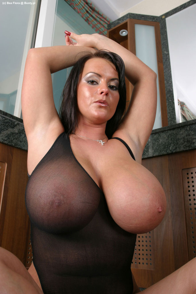 Gostosa! Busty bitches picture galleries mutual masturbation
