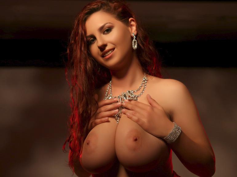 Big tits sex cam