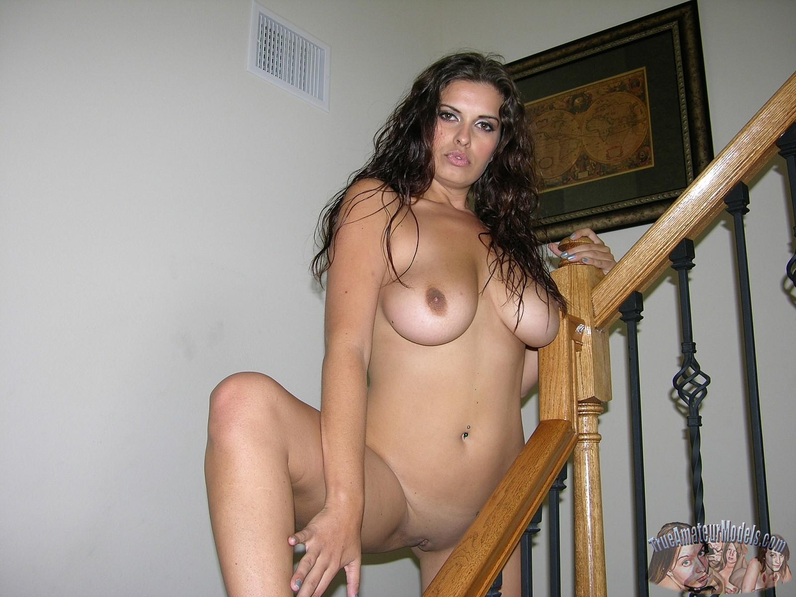 Asian horny masturbating her wet pussy
