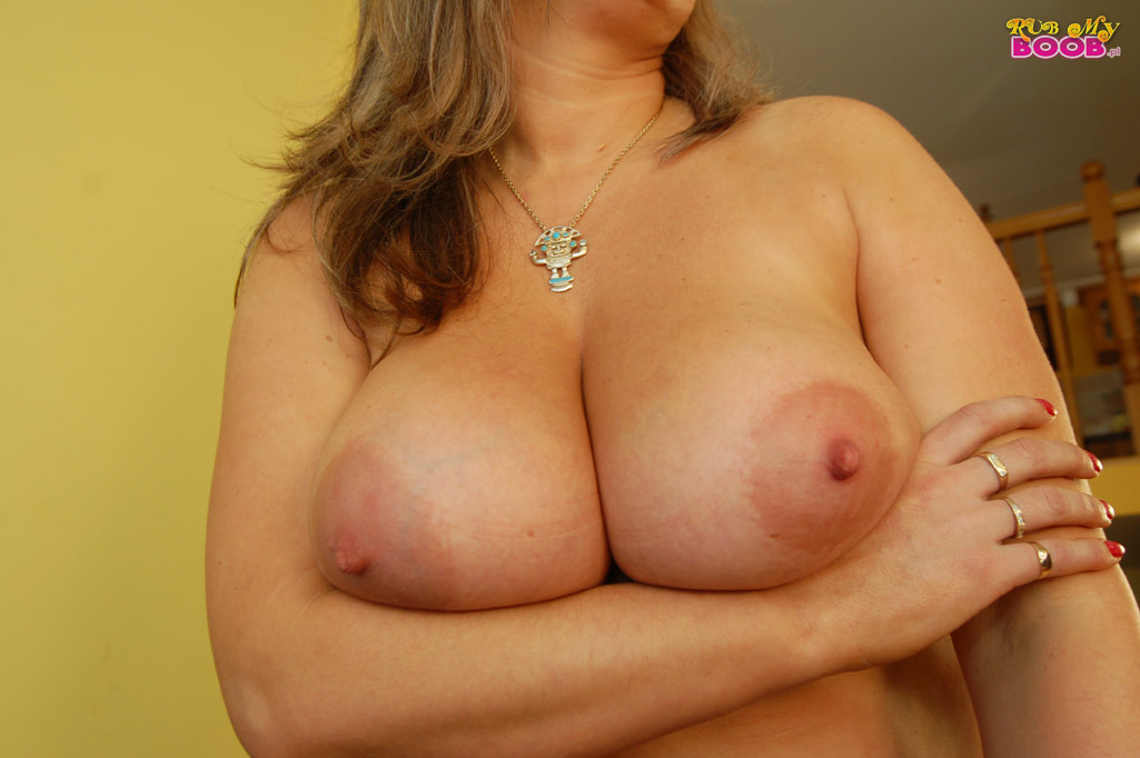 nude sexy moms pussy licking