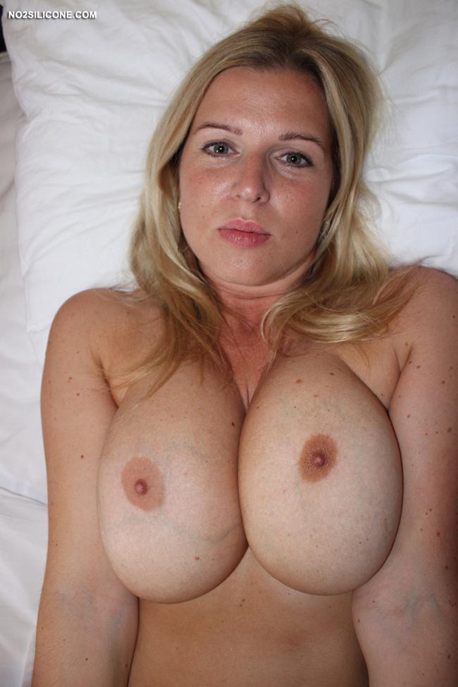 Bit natural tits angela white and asa akira hot lesbian sex 4