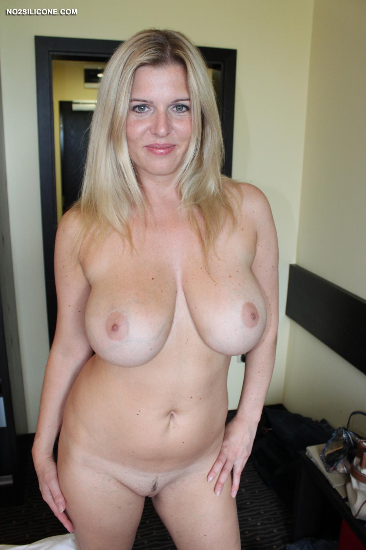 Фото голые женщины за 30
