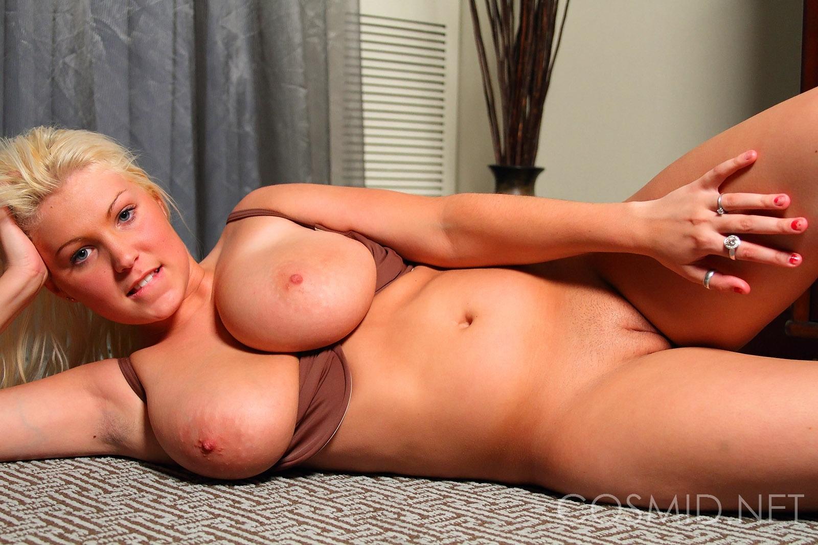 Brooke alexander cosmid pussy