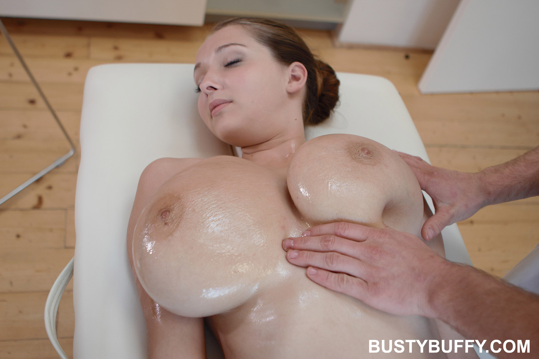 Busty Buffy Oil Massage-4303
