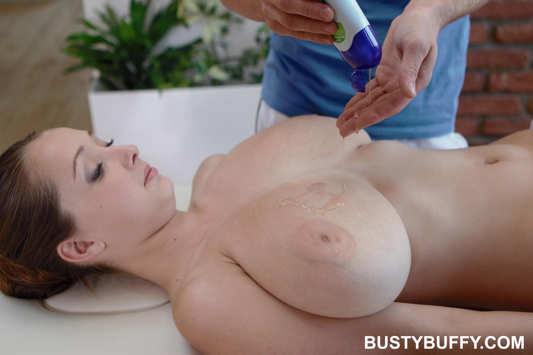video busty masseur gives titsfuck massage