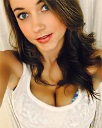 Erin Swallows Streamate Webcam