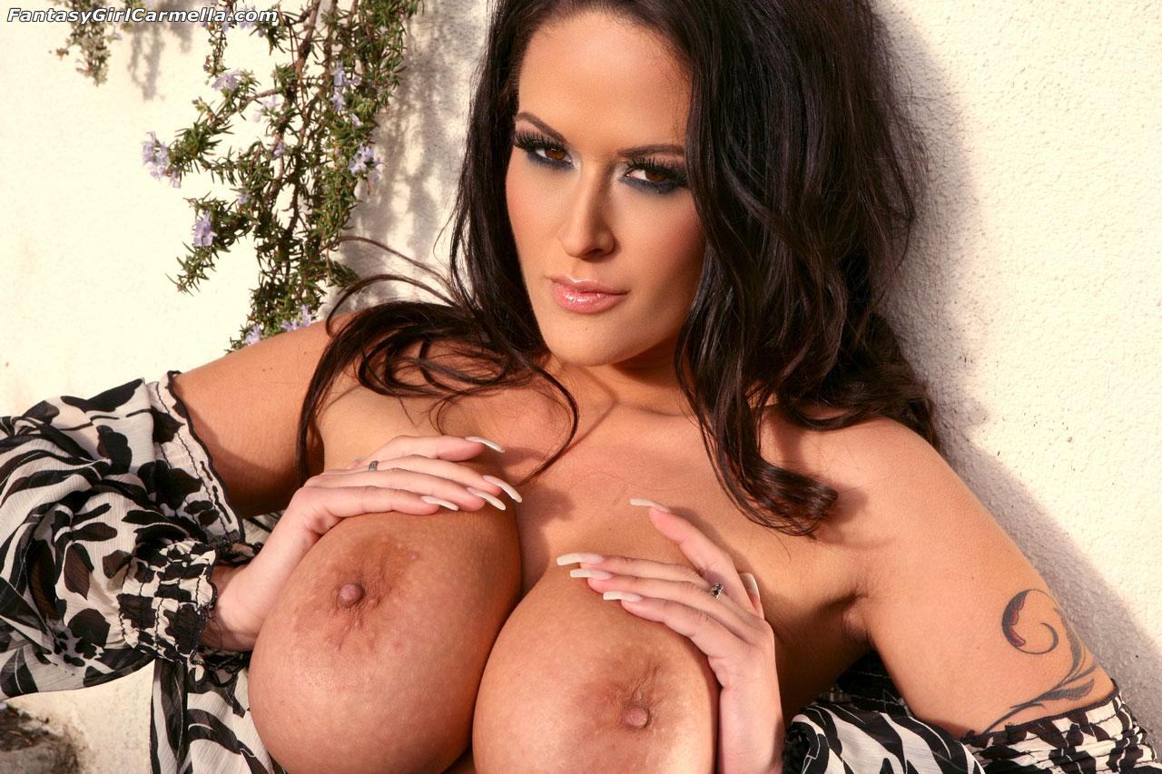 Busty pornstar carmella bing plumps up to bbw status - 3 part 9