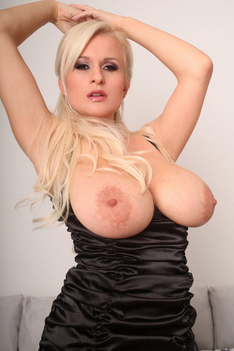 Amy seyfried nude