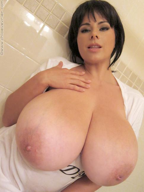 vevrier big boobs porn Chloe