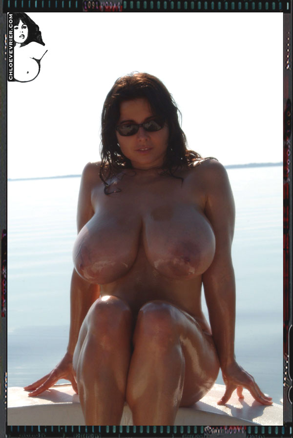 Girls bulky nude desi images