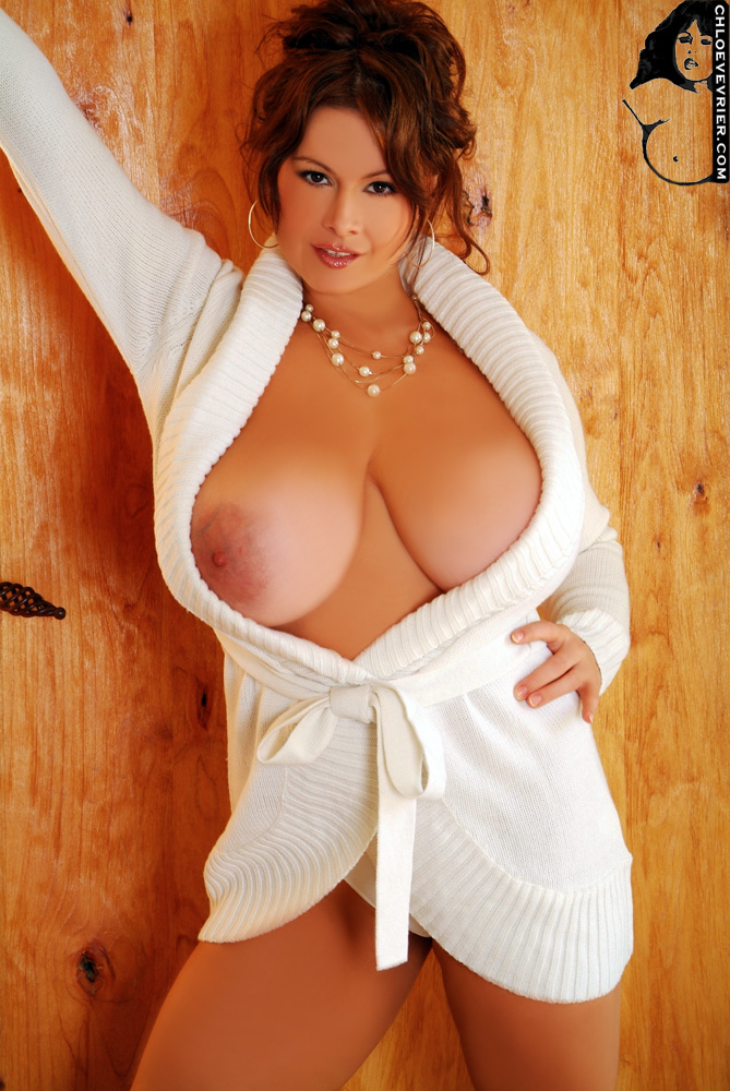 Big tits hanging out of robe apologise