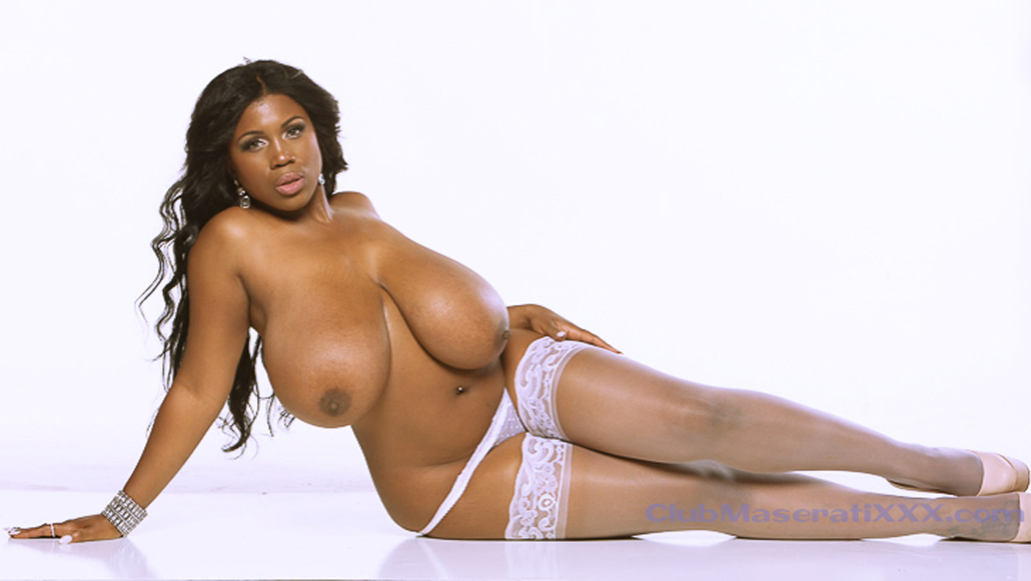 Super Hot Big Tits Ebony Babe Get Her Wet Bikini Pussy Fucked Hard And Creamed All Over Her Face By Big Naturals