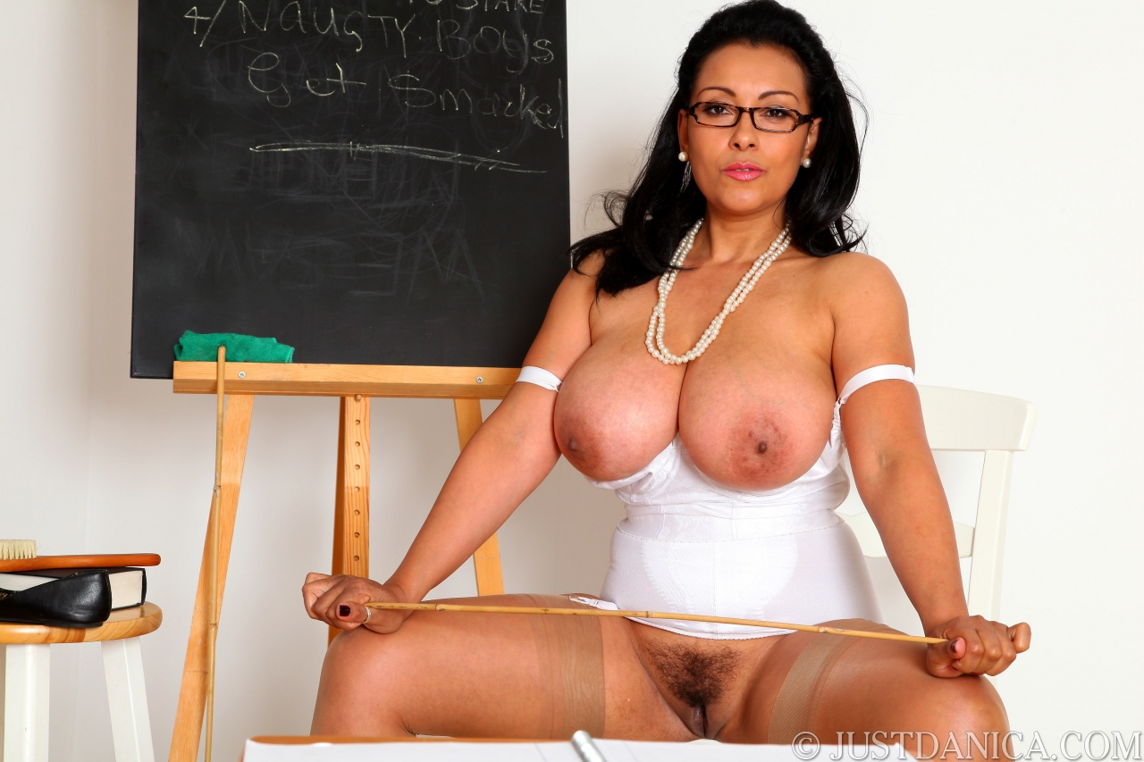 Strict milf checks if her boy has been studying 9