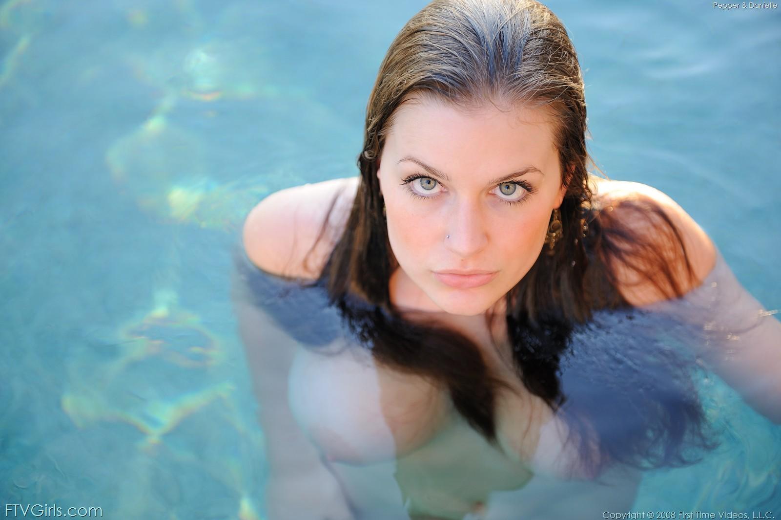 Daniella hot pool fuck