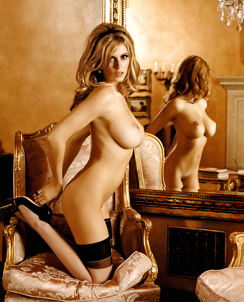 diora baird nude images