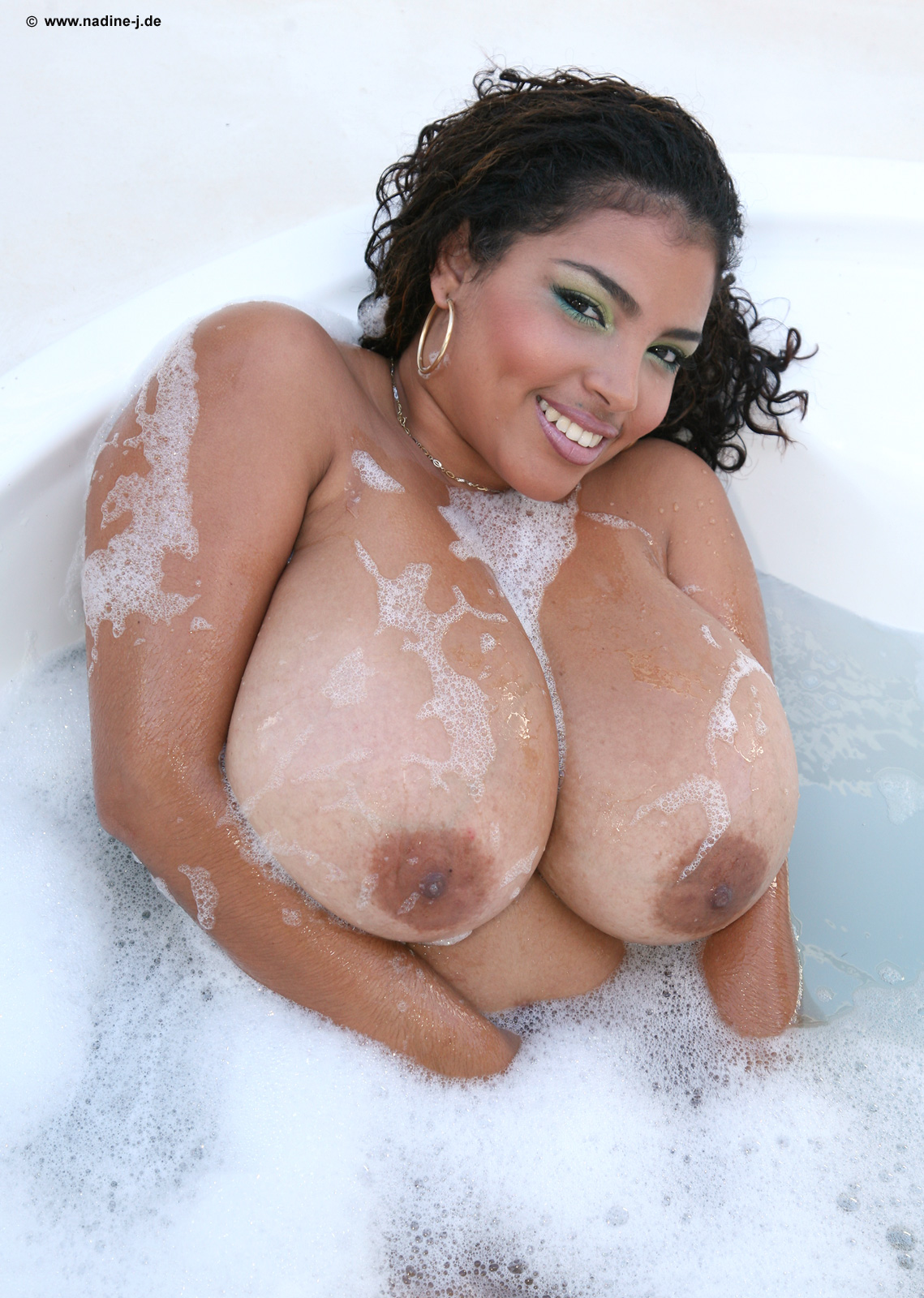 Naked Pictures Of Thick Dominican Girls