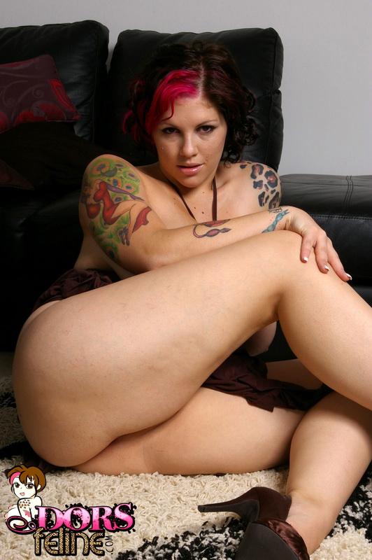 Chubby tattooed slut fucking