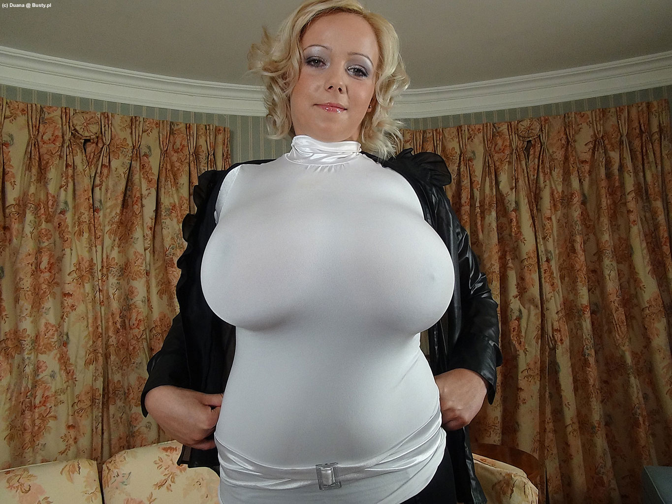Free Busty Tight Tops