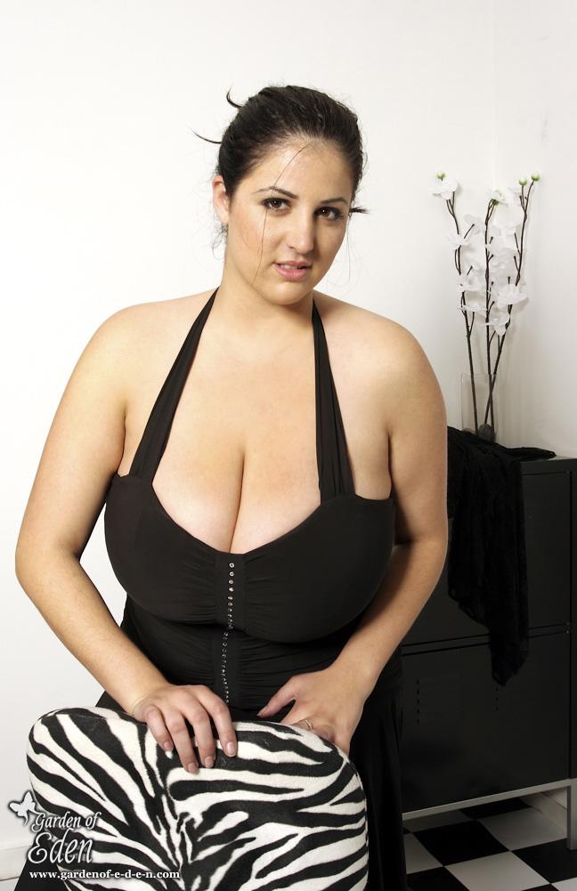 eden-mor-boobs-paradise-ii-video-hot-playmates-babes-fuck