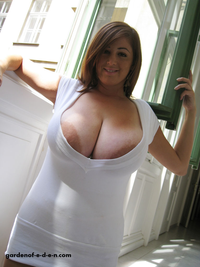 Tits out big shirt popping