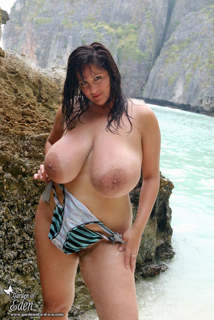Angelique boyer topless