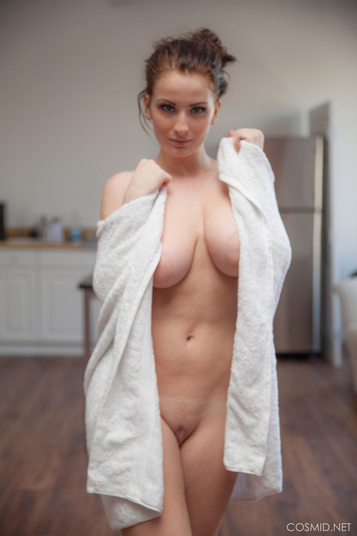Candid boobs thick busty hispanic women black amp green 1 7