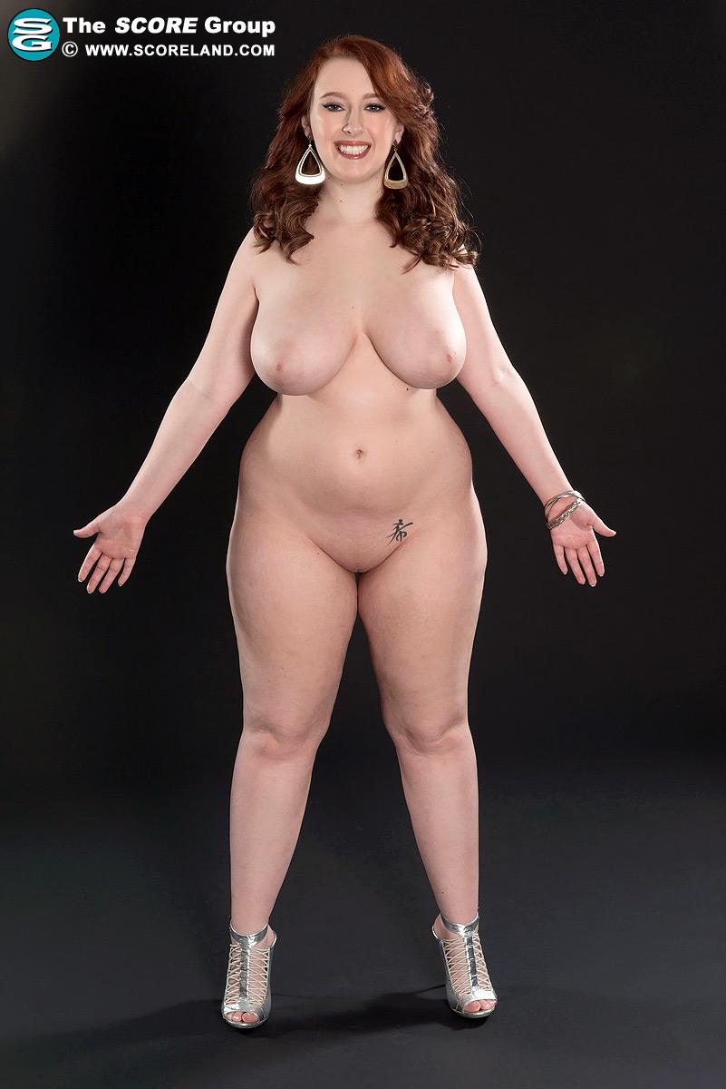 nude granny in panties