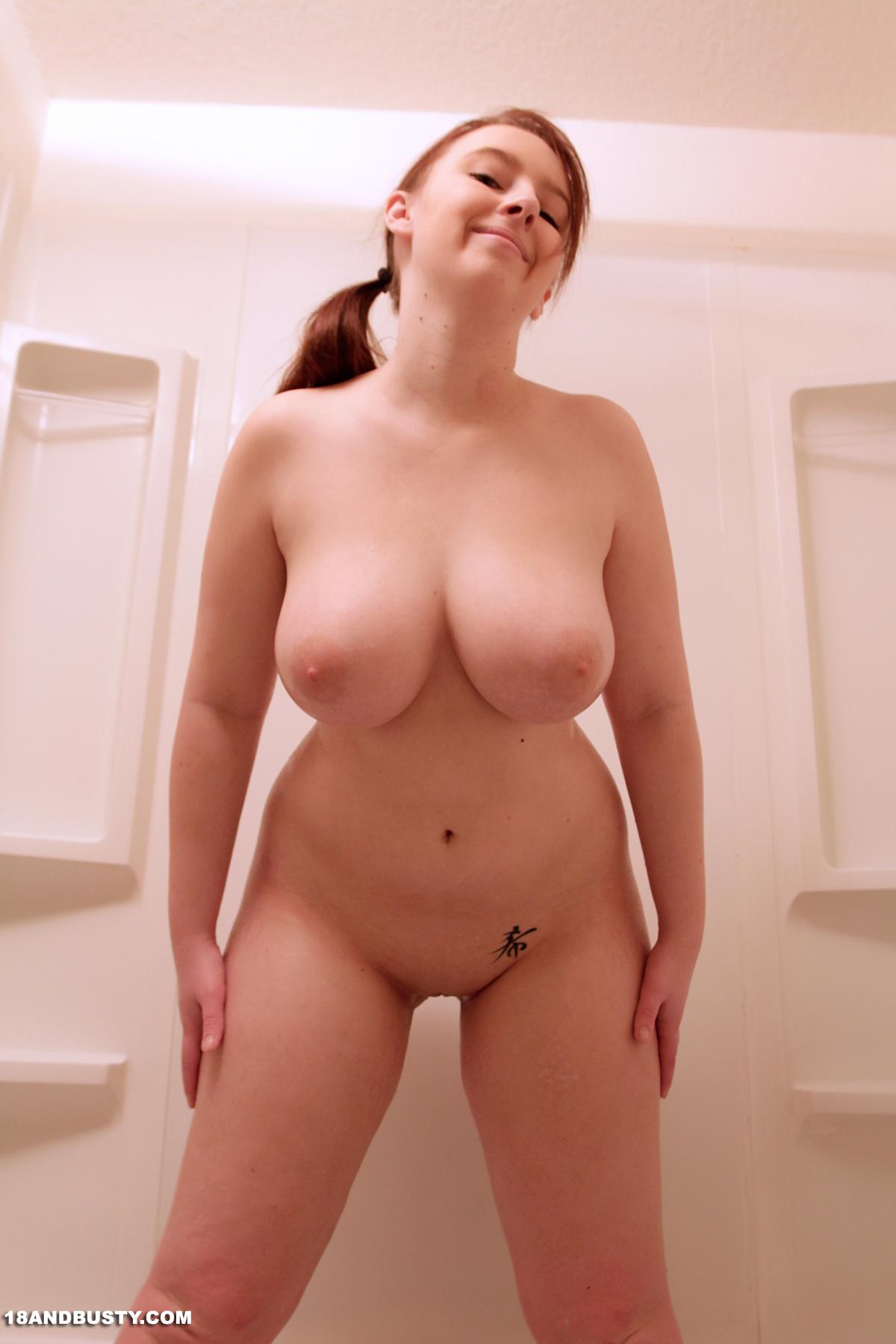 Felicia Clover Tub Time-9825