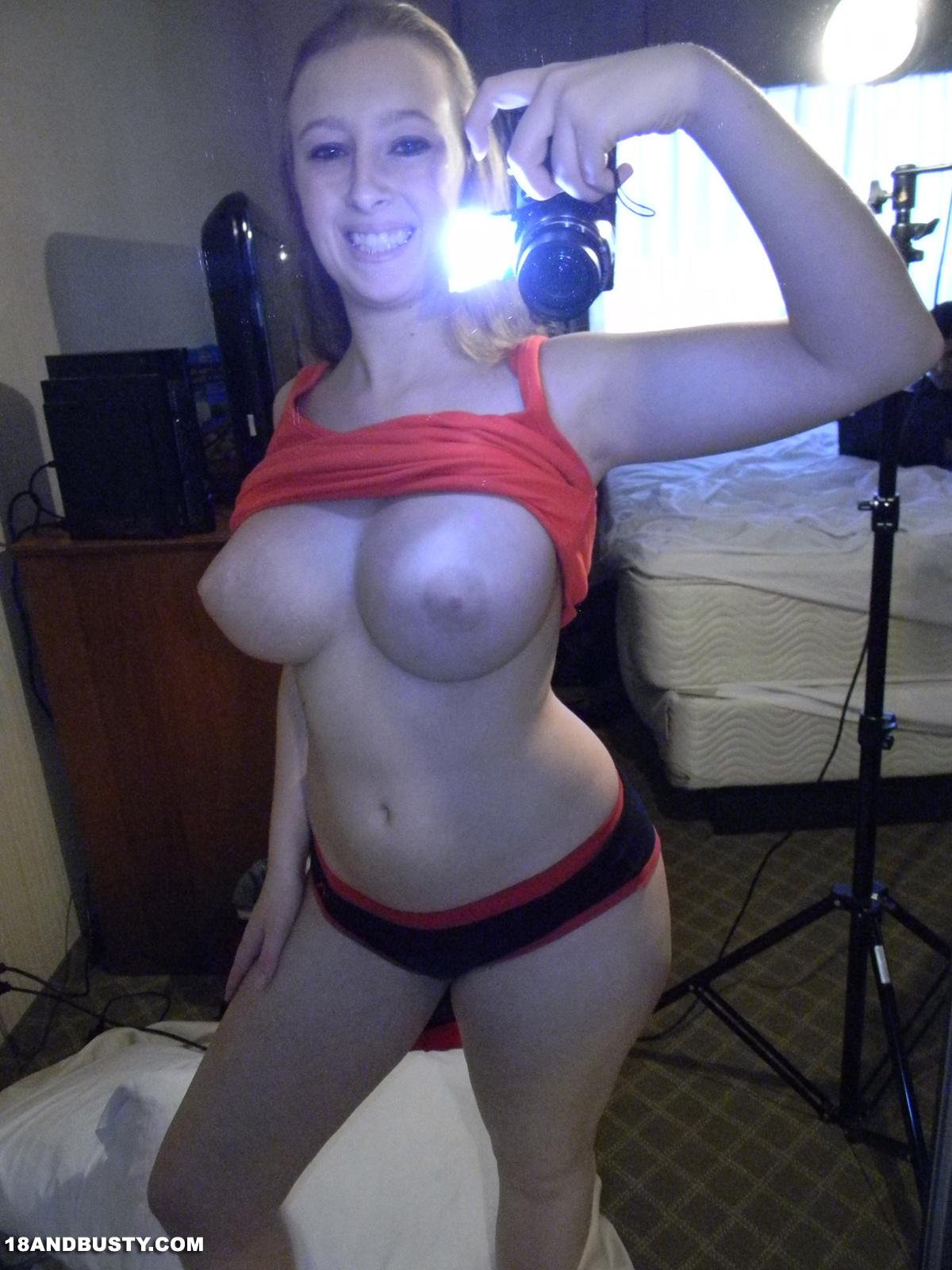 nude photos of lynn holly johnson