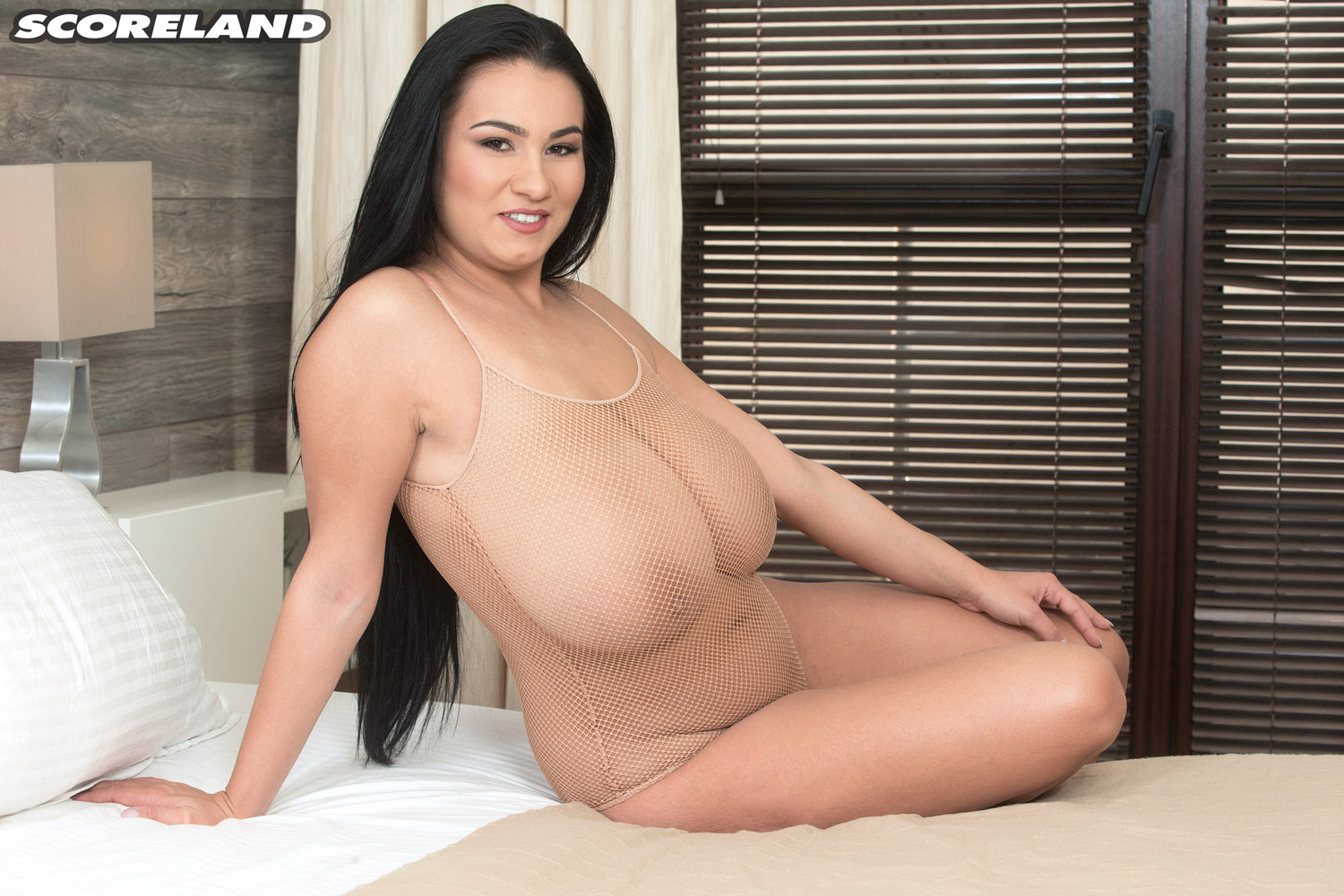 Mega Busty Helen Star Spreading And Shaking Her Boobs The Boobs Blog