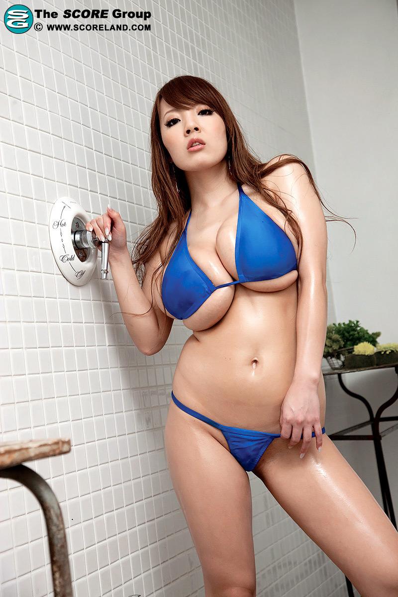 Pov hitomi tanaka bikini