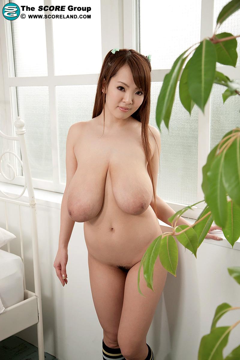 nude models hitomi tanaka