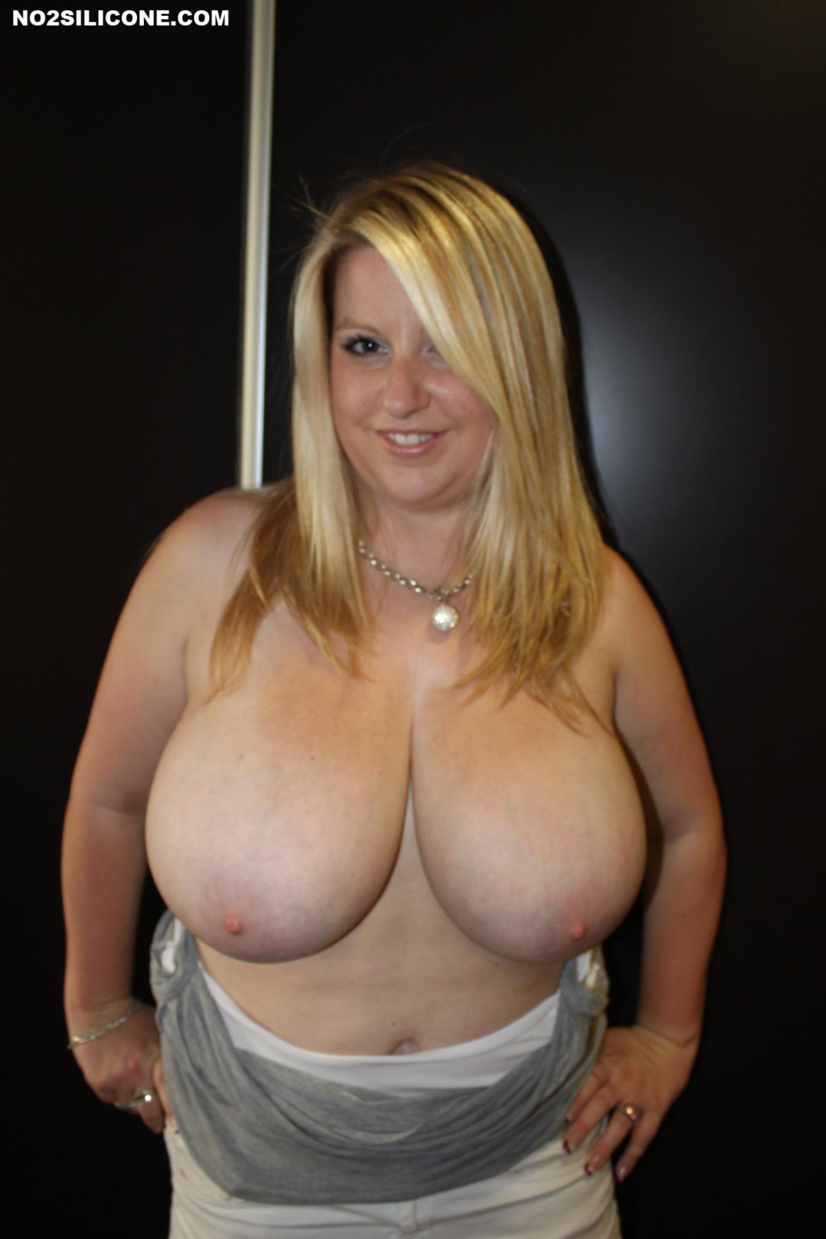 Jana Holland Massive Boobs-9434