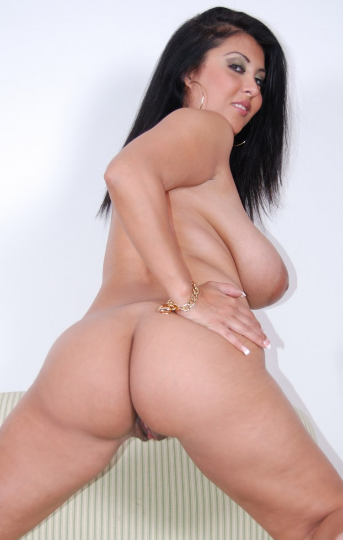 Fat mom fucked in public toilet bvr