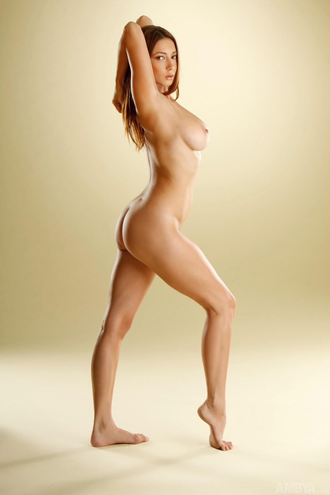 julia mancuso naked ass