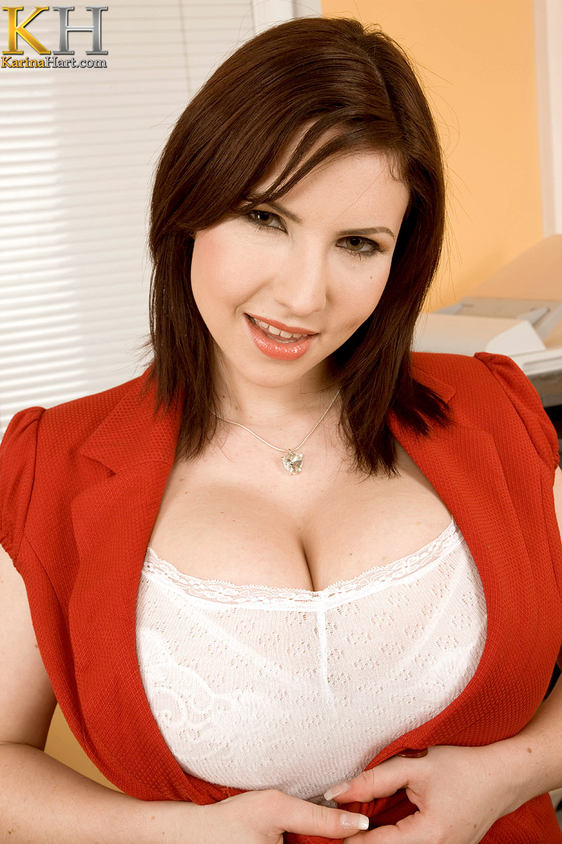 Click here to see more Karina Hart @ Her Website