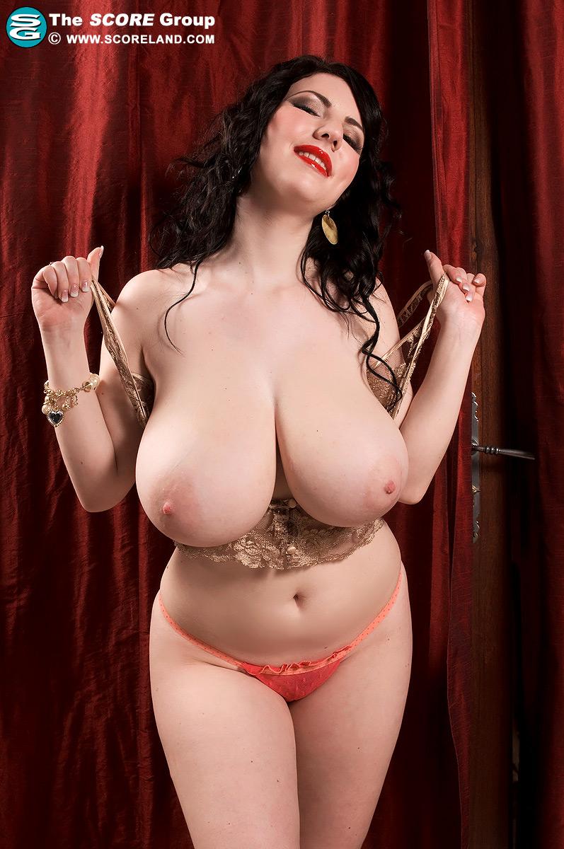 Scoreland big boob model karina hart