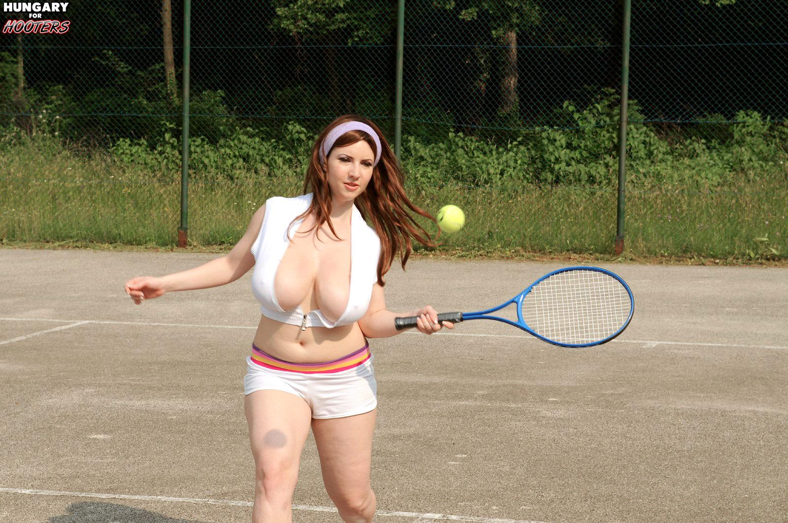 Hart tennis girl karina