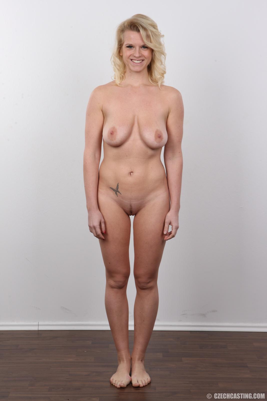 Wife gets big cock fucked