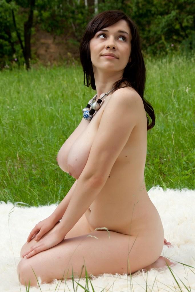 голая лара крофт фото секс